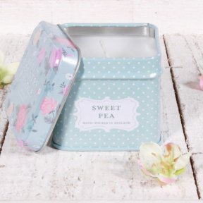 Sweet Pea Vintage Floral Candle in Keepsake Tin